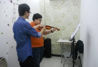 Những khó khăn khi học đàn Violin