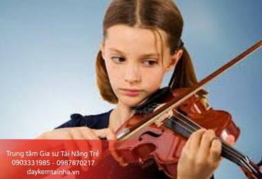 Những lợi ích khi cho bé học đàn Violin