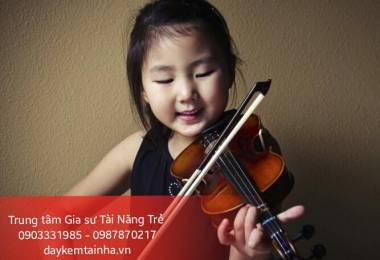 Vì sao nên cho trẻ nhỏ học đàn Violin?